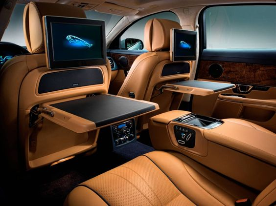 Cool Luxury Cars Technology Features For Ultimate Driving Safety - Cool cars driving